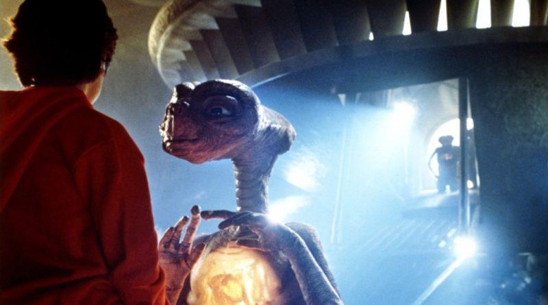 Improbabile conversazione con gli E.T.