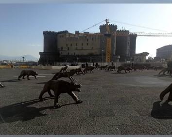 """""""Cento lupi"""" di Liu Ruowang"""